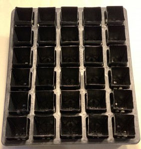 30 cell tray with 30 square black tubes - 42x65mm